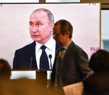 Putin says ready to 'fully restore' ties with Ukraine