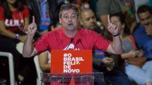 Lindbergh Farias pede proteção à PF após discurso de Bolsonaro