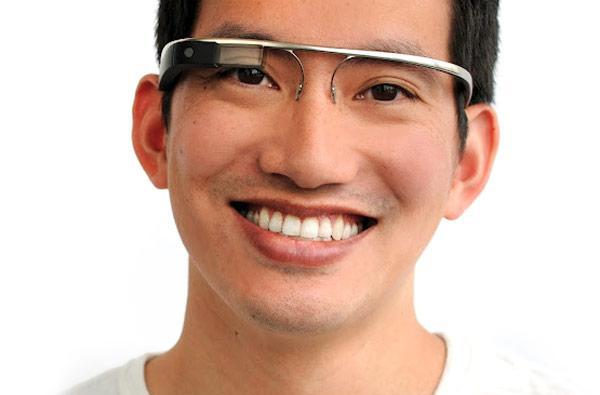 Google's Project Glass prototypes can transfer still images, do little else