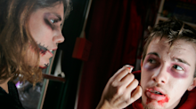 13 easy Halloween makeup looks that you can wear without a costume