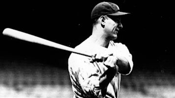 Lou Gehrig's favorite bat sells for more than $1M