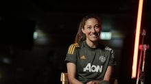 USWNT star Christen Press honors Kobe Bryant by wearing No. 24 with Manchester United
