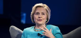 Clinton: 'We are totally unprepared' for AI