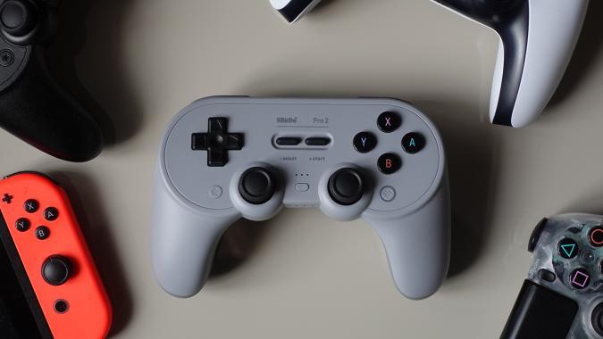 8Bitdo Pro 2 controller