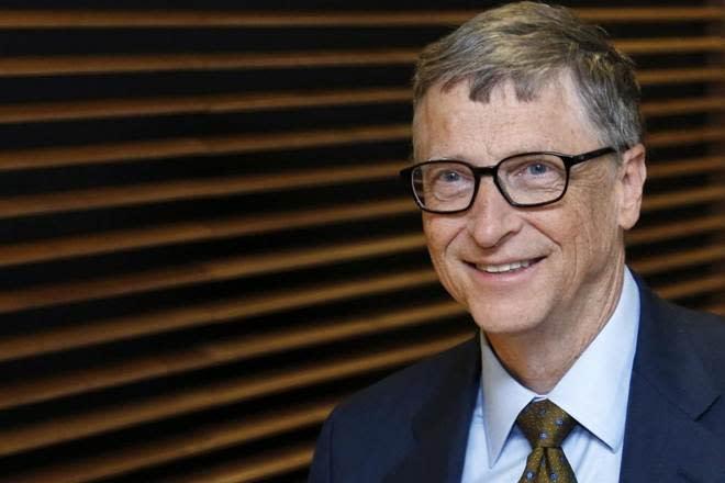 How Azim Premji inspires Bill Gates; number one philanthropist cheers Wipro boss' Rs 52,750 crore charity