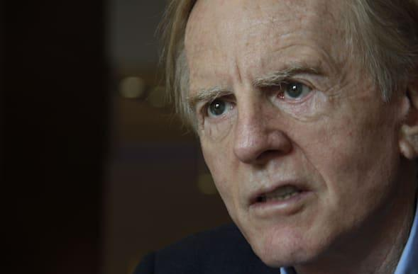 Apples to BlackBerrys: John Sculley reportedly considering bid for failing phone maker