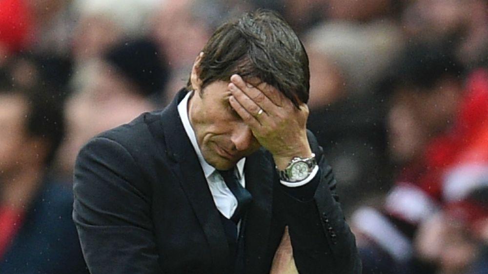 """Neville: """"Conte wirkte niedergeschlagen"""""""