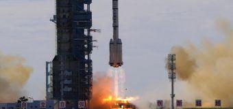 Spazio, al via la missione della Cina: decollati tre astronauti