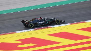 奇招奏效Hamilton打敗Bottas奪葡萄牙GP竿位