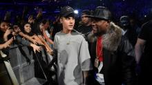 Justin Bieber Clears Up Floyd Mayweather Beef: 'We Just Need to Create Boundaries'