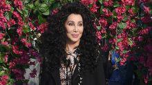 Cher lanzará un álbum con canciones de ABBA ¡y ya podemos escuchar la primera: 'Gimme Gimme'!