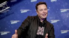 Elon Musk says Tim Cook 'refused' to meet with him about Apple buying Tesla