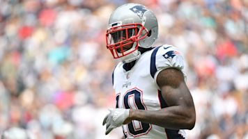 Report: Josh Gordon re-signs with Patriots