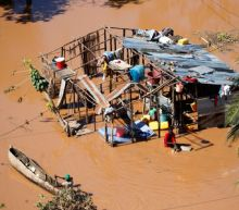 Aid workers rush to rescue African cyclone victims amid mounting death toll