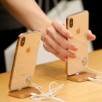 U.S. tribunal to review ruling on Qualcomm request for iPhone ban