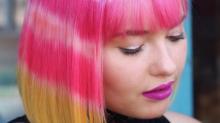 Les cheveux 'tie and dye' : la nouvelle tendance beauté bizarre à essayer