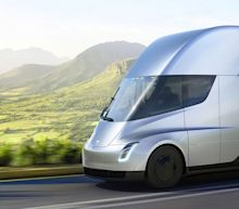 5 Things to Know About the Electric Tesla Semi Truck