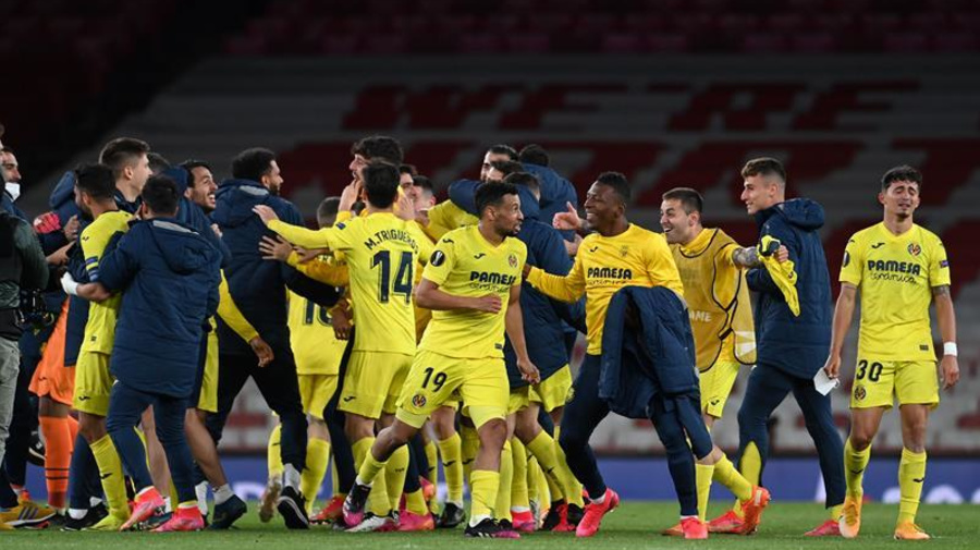 El Villarreal hace historia y evita el pleno de la Premier