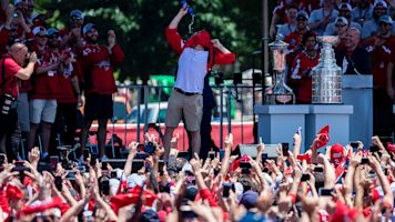 Ryan Kerrigan fires up Capitals faithful with Oshie party trick