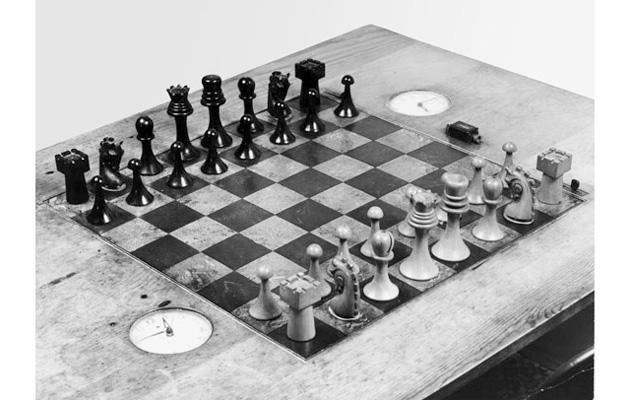 Recreate Marcel Duchamp's lost chess set with your 3D printer