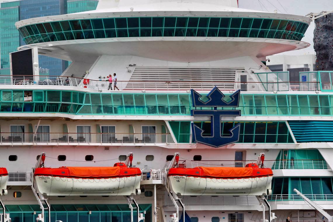 Royal Caribbean, Norwegian Cruise Line form panel to set COVID-19 health protocols