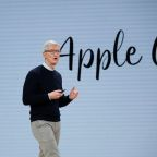 Trump, top aides talk trade with Apple CEO Cook at White House