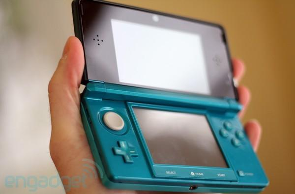 3DS to beat out original DS' first year sales, land killing blow during holiday season
