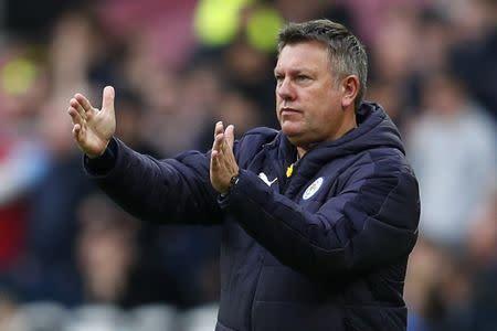 Técnico do Leicester City, Craig Shakespeare, durante partida contra o West Ham em Londres