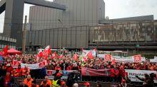Thyssenkrupp presents 'complex' turnaround plan for steel - workers