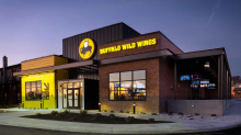 MGM refreshes sports betting app for New Jersey, inks Buffalo Wild Wings deal