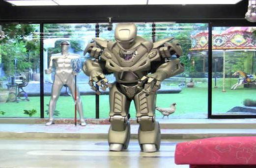 Big Brother UK invaded by Titan the robot (video)