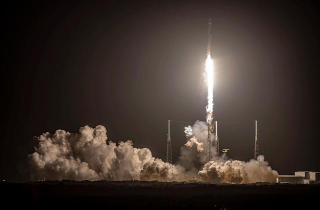 SpaceX launched 60 more Starlink satellites but failed to stick the landing