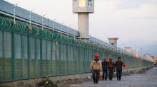 "China dice que ha detenido a 13.000 ""terroristas"" en Xinjiang desde 2014"