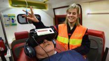 Chez les pompiers de Mayenne, la réalité virtuelle pour diminuer la douleur