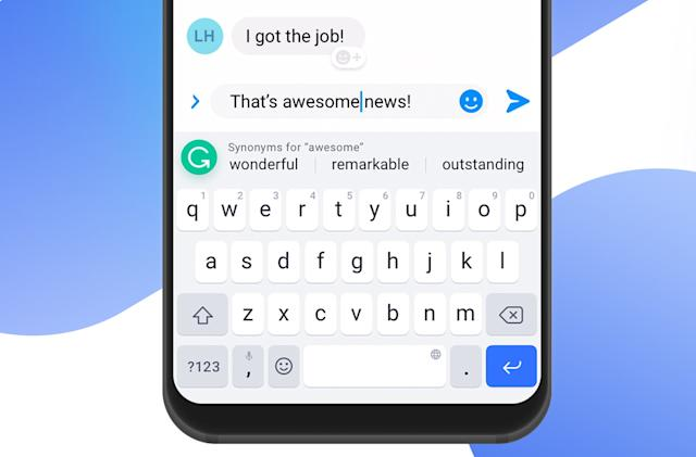 Grammarly's keyboard suggests synonyms to make you feel smart