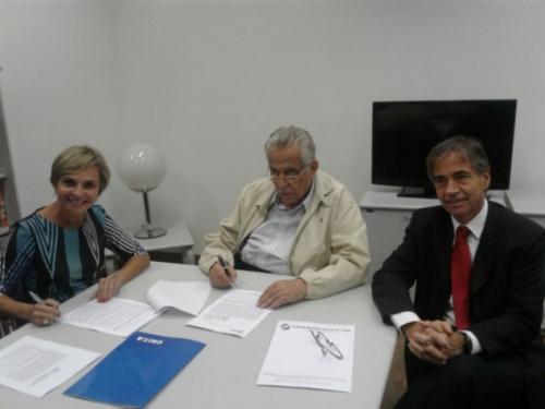 Vasco anuncia renovação com a Caixa e pode receber R$ 12,5 milhões