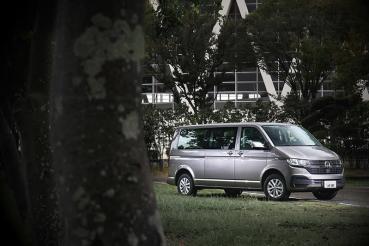 【試駕】有乘載需求,Volkswagen T6.1 Caravelle 150 L載好載滿真黑皮