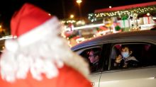 'No gifts': Mexicans asked to rein-in Christmas plans to control pandemic