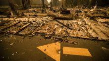Miles de evacuados por incendios en viñedos de California