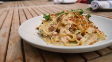 How to Make Lobster Alfredo