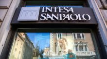 Intesa Sees $800 Million of Savings After Job Reductions