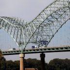 Repairing Cracked Memphis Bridge Could Take Months, Choking Vital Supply Chain Artery