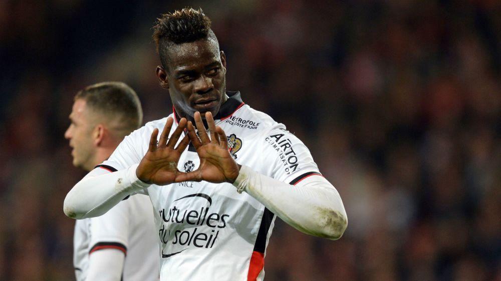 Balotelli extends Nice deal