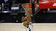 Antetokounmpo, de los Bucks, gana su primer premio Jugador Defensivo del Año