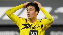 Dortmund extend American teenager Reyna's deal to 2025