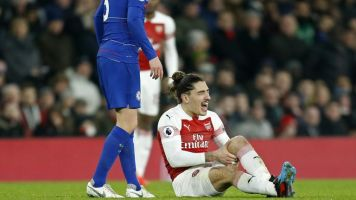 Unai Emery challenges Arsenal to improve away form and provides Hector Bellerin injury update
