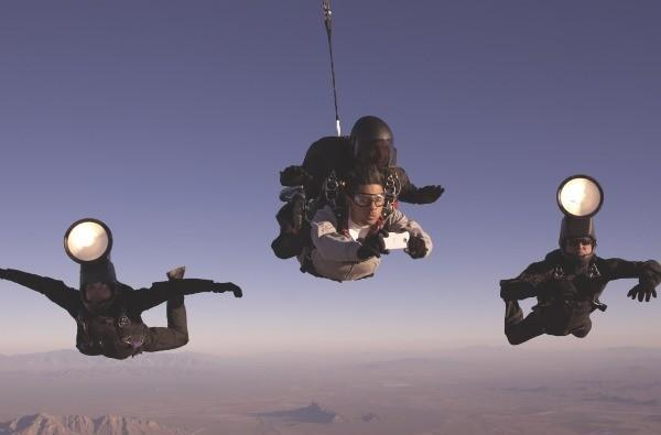 Caption Contest: HTC's down-to-earth photo shoot