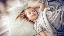 Cientistas descobrem que a voz da mãe tem mais eficácia em acordar uma criança do que um alarme de incêndio
