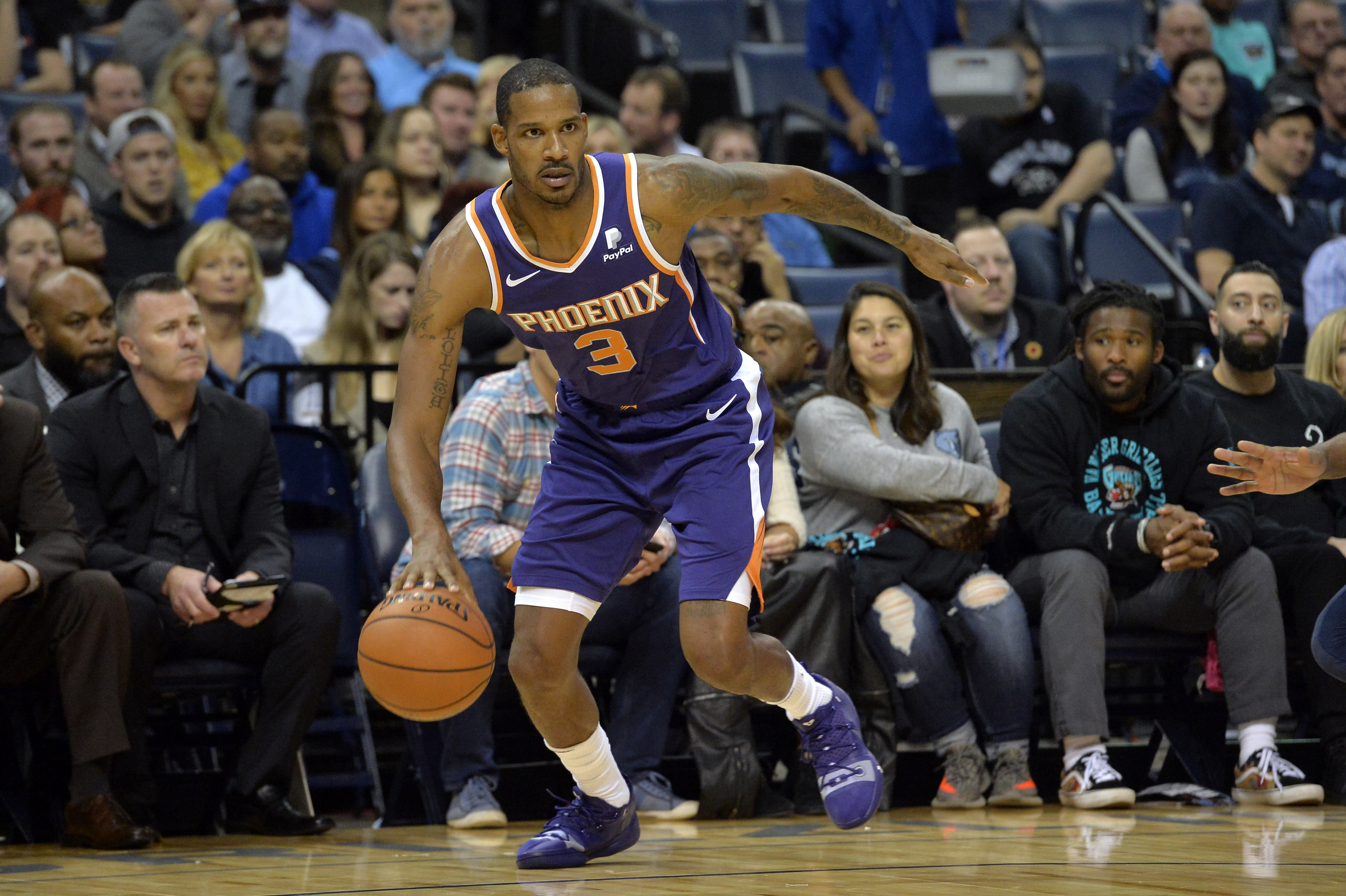 Report: Lakers eyeing Trevor Ariza in trade talks with Suns
