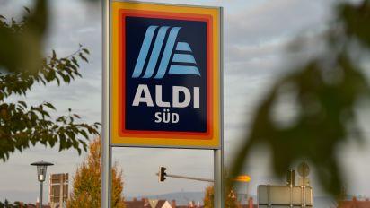 Aldi kickt Wassermarke – und macht später wegen Corona einen Rückzieher